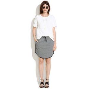 🔘 Madewell sweatshirt skirt